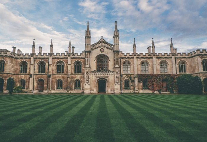 Choosing Your Oxbridge College: Our Expert Advice